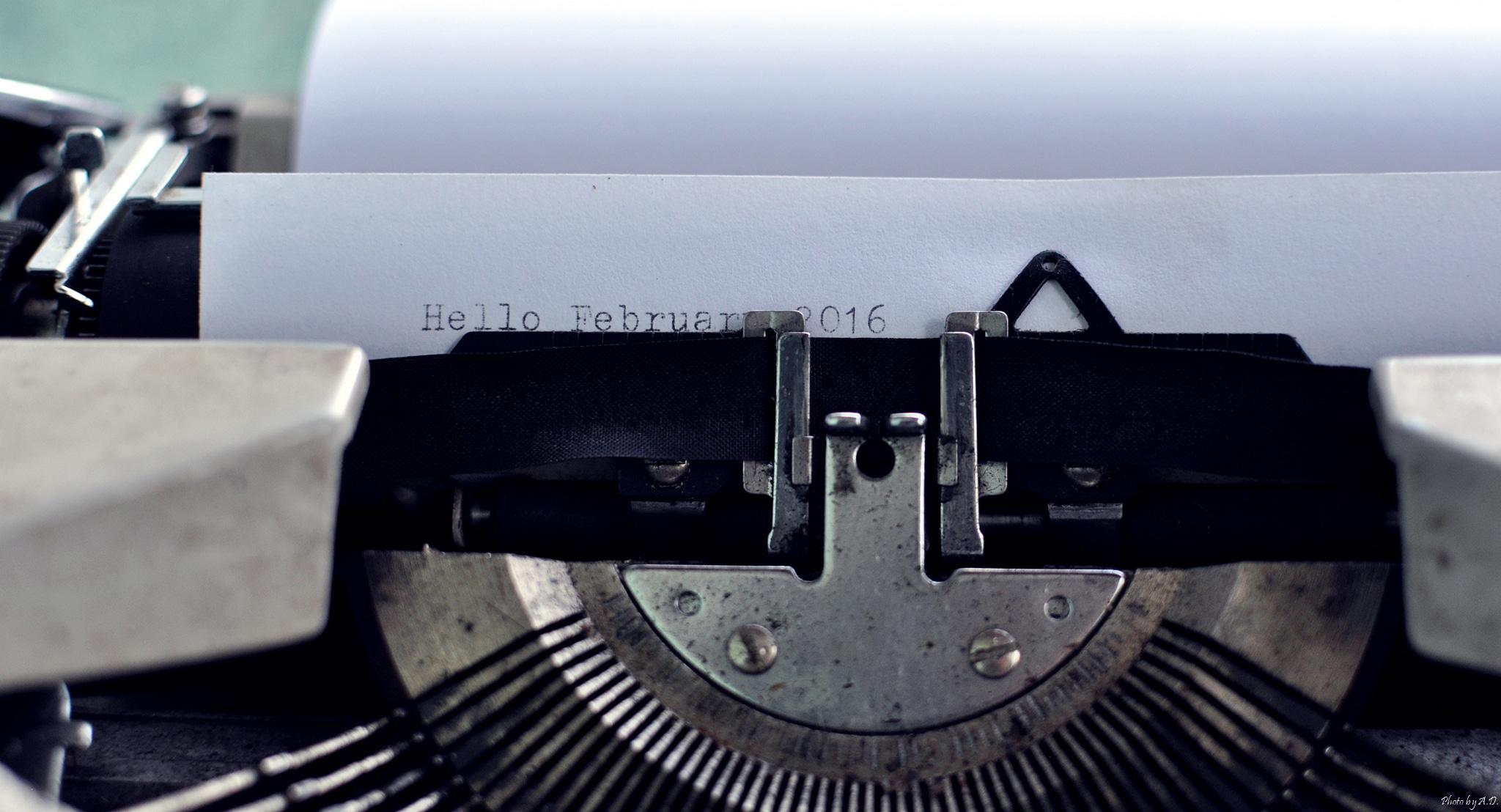 Máquina de escrever (página de Contato)