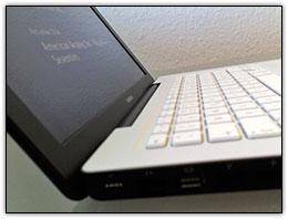 MacBook preto-e-branco