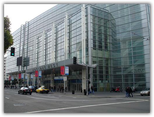 Moscone Center; pena que o dia não está muito bonito