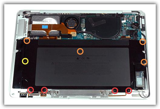 MacBook Air aberto