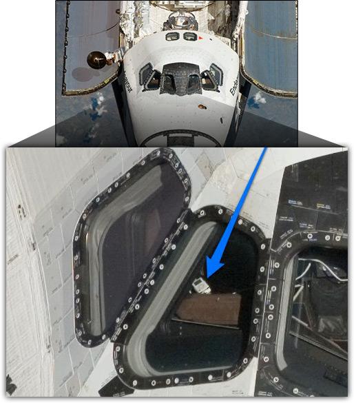iPod dentro da Endeavour da NASA