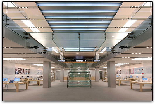 Interior de loja da Apple