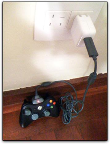 Usando o carregador do iPhone para controle de Xbox