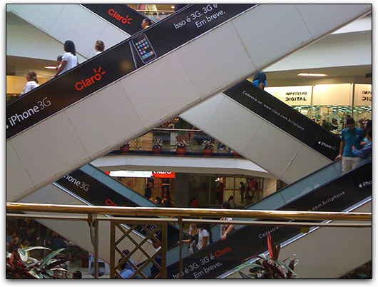 Claro e iPhone 3G no Shopping Iguatemi de Salvador