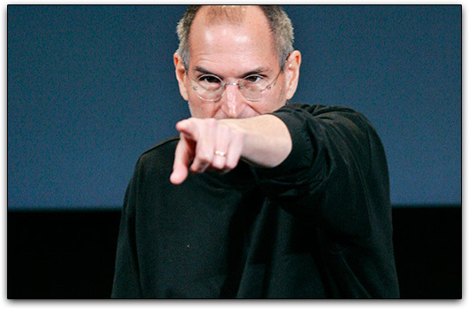 Steve Jobs apontando dedo