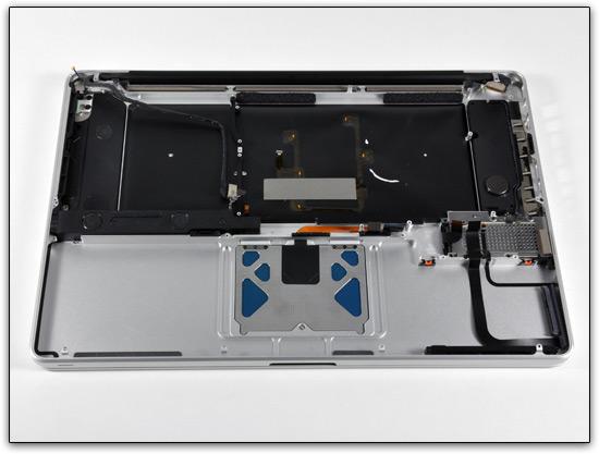 MacBook Pro de 17 dissecado