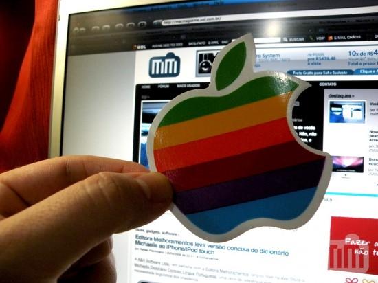 Adesivo da maçã colorida