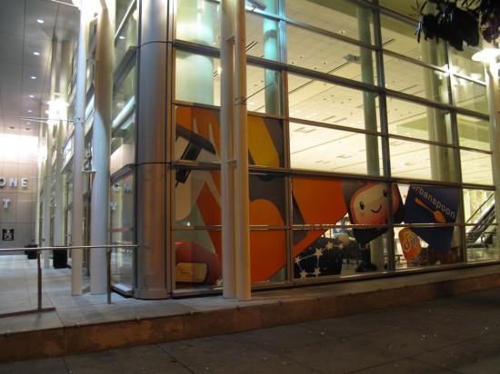Moscone West sendo preparado para a WWDC '09