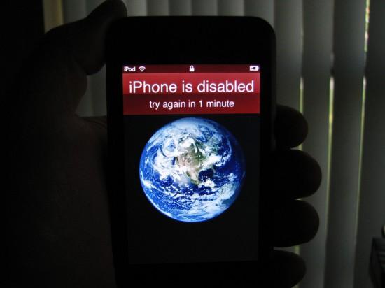 iPod touch pensa que é iPhone