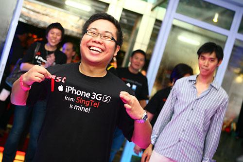 Primeiro cliente a comprar o iPhone 3GS