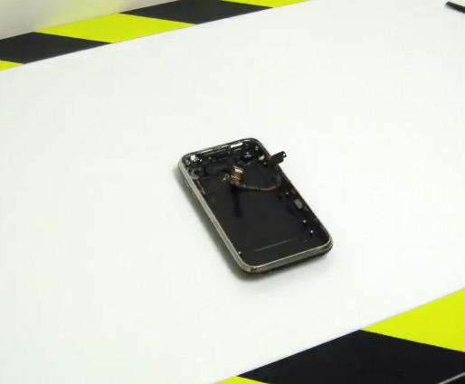 iPhone 3GS aberto pela TechRestore