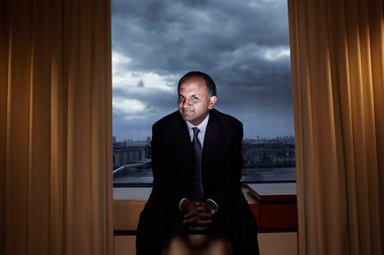 Shantanu Narayen, CEO da Adobe e diretor da Dell