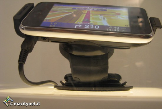 TomTom iPhone Car Kit IFA2009