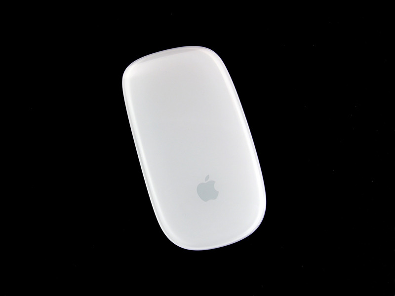 22-iFixIt-Magic-Mouse-0