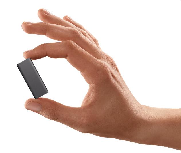 iPod shuffle na mão
