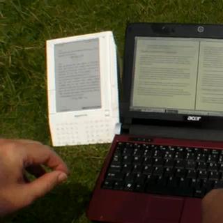Pixel Qi - comparação com Kindle