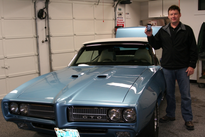 Pontiac GTO '69 controlado por iPod touch
