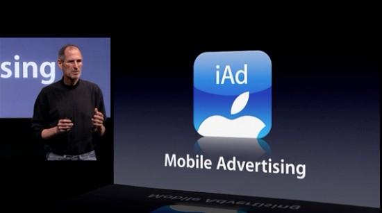 Steve Jobs apresentando iAd