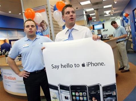 Empregados da AT&T no lançamento do iPhone