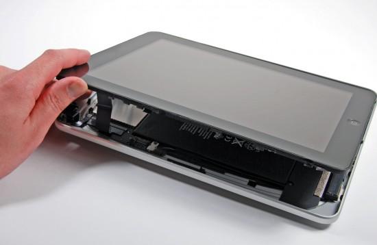 iFixit abrindo tela do iPad