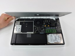 MacBook desmontado pelo iFixit