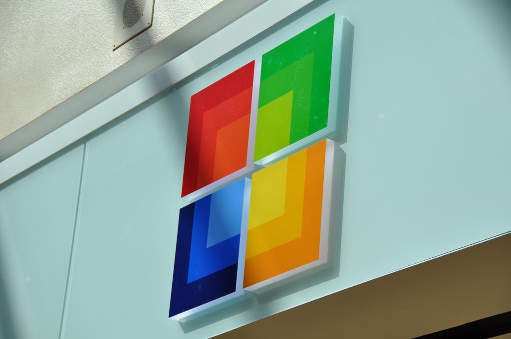 Logo da Microsoft em sua loja