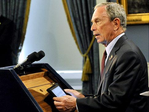 Prefeiro de Nova York com iPad