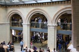 Apple Store, Covent Garden — Pátio