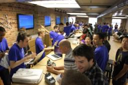 Apple Store, Covent Garden — Genius Bar