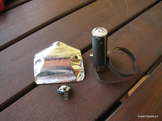 Bateria da Apple aberta