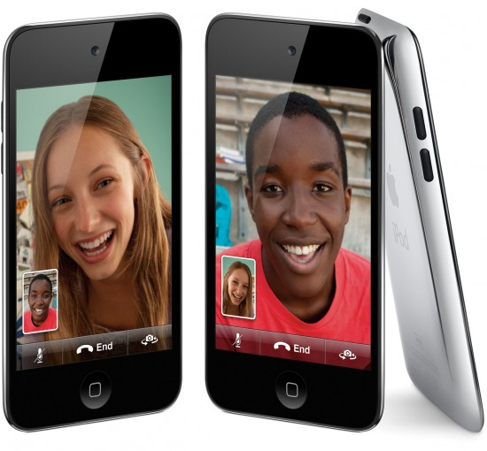 iPods touch de frente, com FaceTime