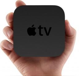 Apple TV na mão