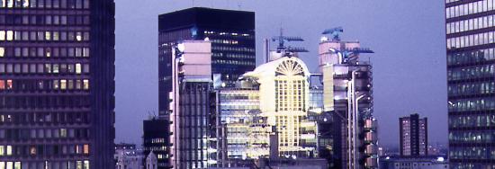 Vista externa do prédio da Lloyds of London
