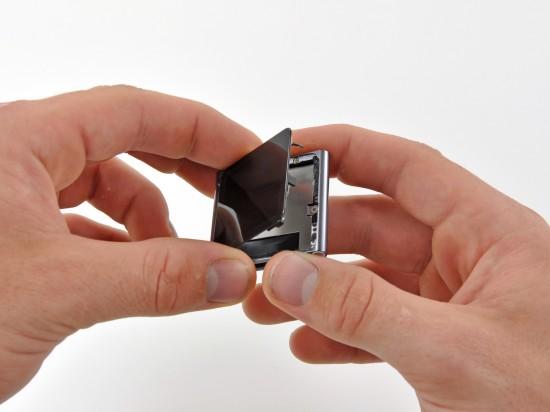 Abrindo iPod nano 6G; iFixit