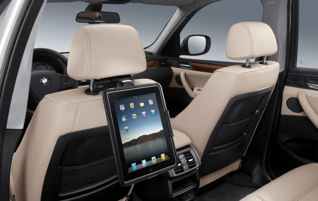iPad num BMW