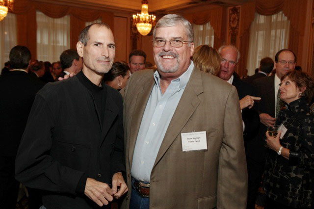 Steve Jobs em jantar da Wireless History Foundation