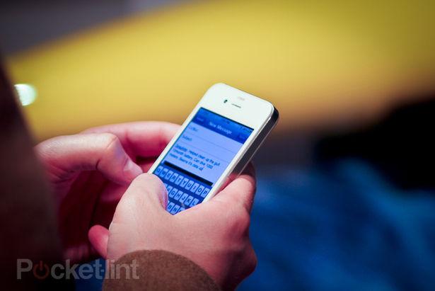 iPhone 4 branco em NYC