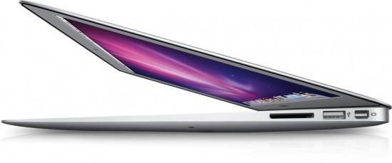 MacBook Air visto de baixo e de lado