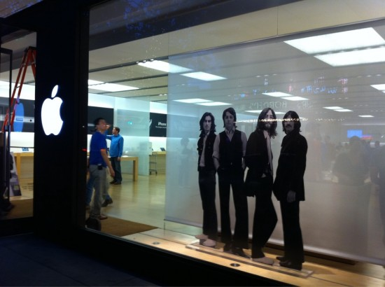 Beatles em Apple Retail Store