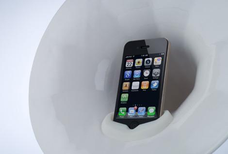 Phonofone III com iPhone 4