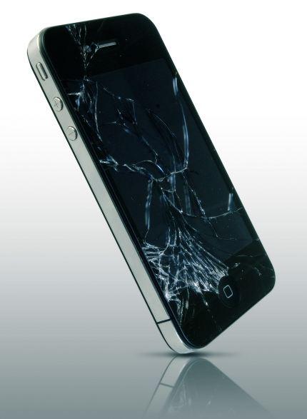 iPhone 4 com vidro quebrado