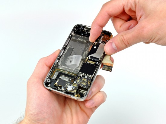 iPhone 4 da Verizon desmontado pela iFixit