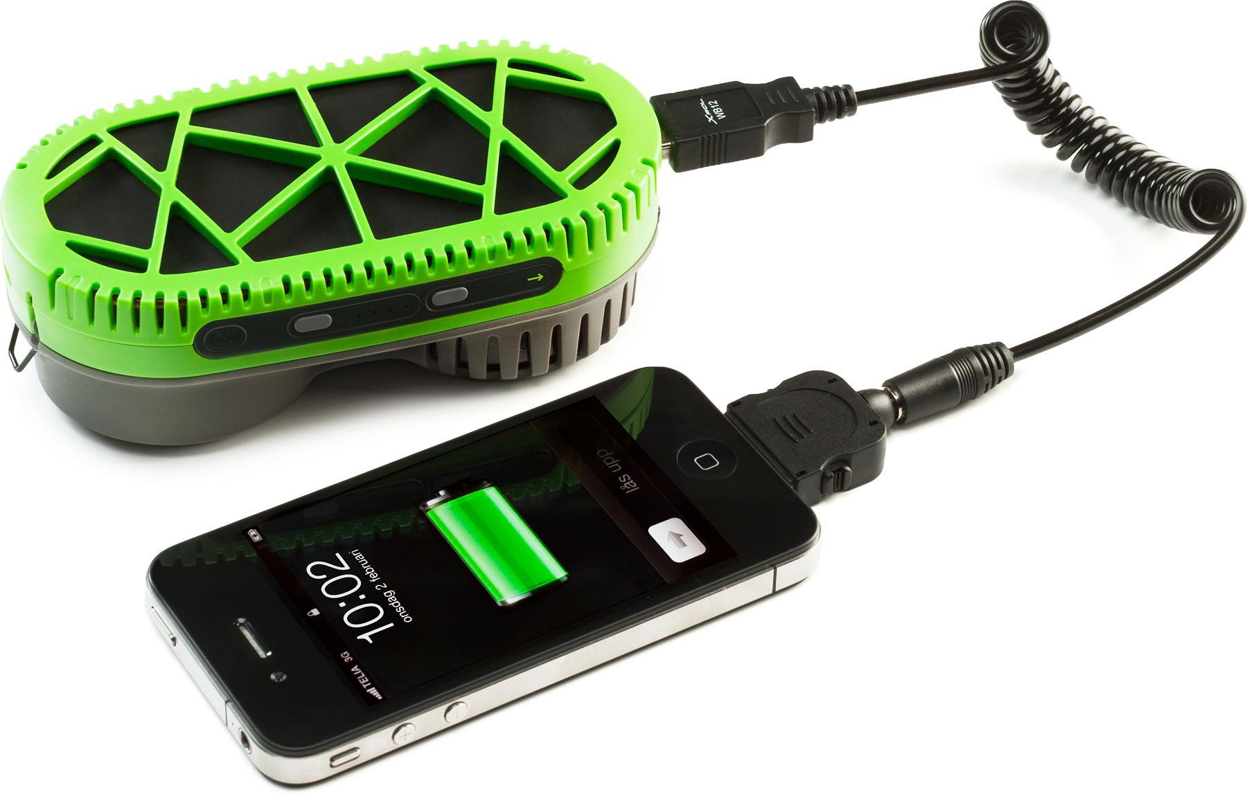 PowerTrekk com iPhone 4