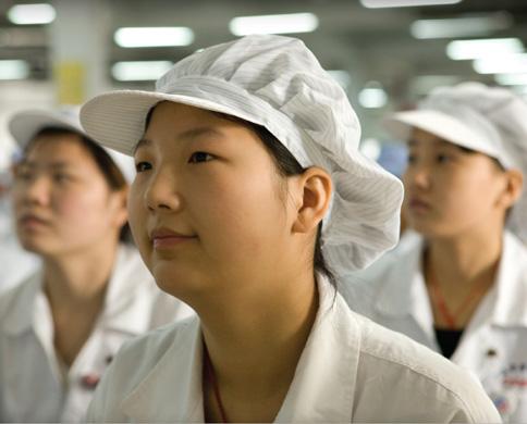 Trabalhadores asiáticos de parceiras da Apple