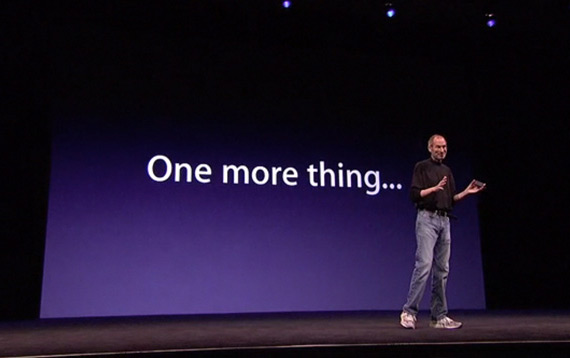 "Steve Jobs com ""one more thing"""