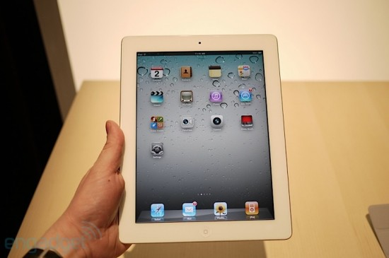iPad 2 no hands-on do Engadget