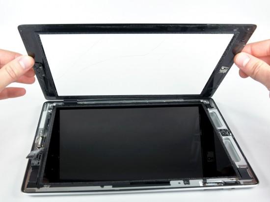 iPad 2 desmontado pela iFixit - retirando o vidro