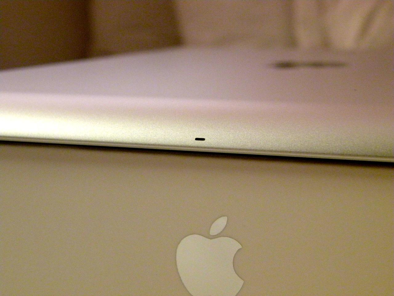 Microfone central no iPad 2