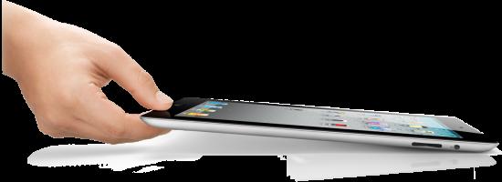 Mão segurando iPad 2 preto