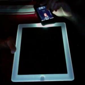 iPad 2 branco iluminado